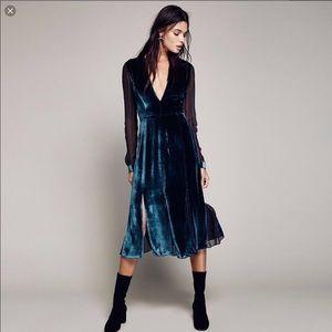 TrendNChic blue velvet midi dress XL NWT teal navy